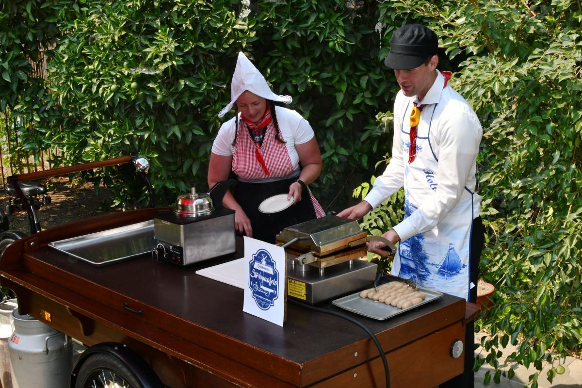How Stroopwafels Helped Sacramento Legalize Food Bikes | Comstock's