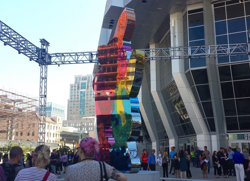 The Jeff Koons sculpture is unveiled at the Golden 1 Center.