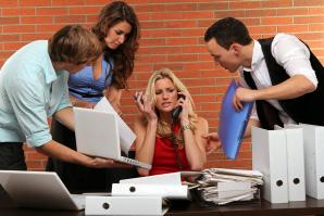 Intern management requires many, many binders.(Shutterstock)