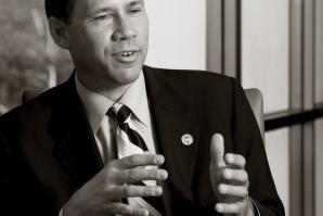 Elk Grove Mayor Gary Davis