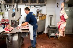 Phil Kattenhorn was born with butchering in his blood. The owner and operator of Longhorn Meat Co., located off Interstate 80 in Auburn, grew up in a meat market alongside his father, who spent more than 50 years working as a butcher. Kattenhorn started off earning 10 cents for every shishkabob he helped make, then worked his way up from bagging groceries to running the meat department for an Alaskan grocer before taking over the family business.