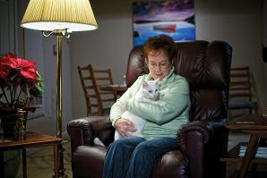 Lynne Powlesland adopted her cat, Frosty, from Agee Memorial  Wildlife Fund Inc.